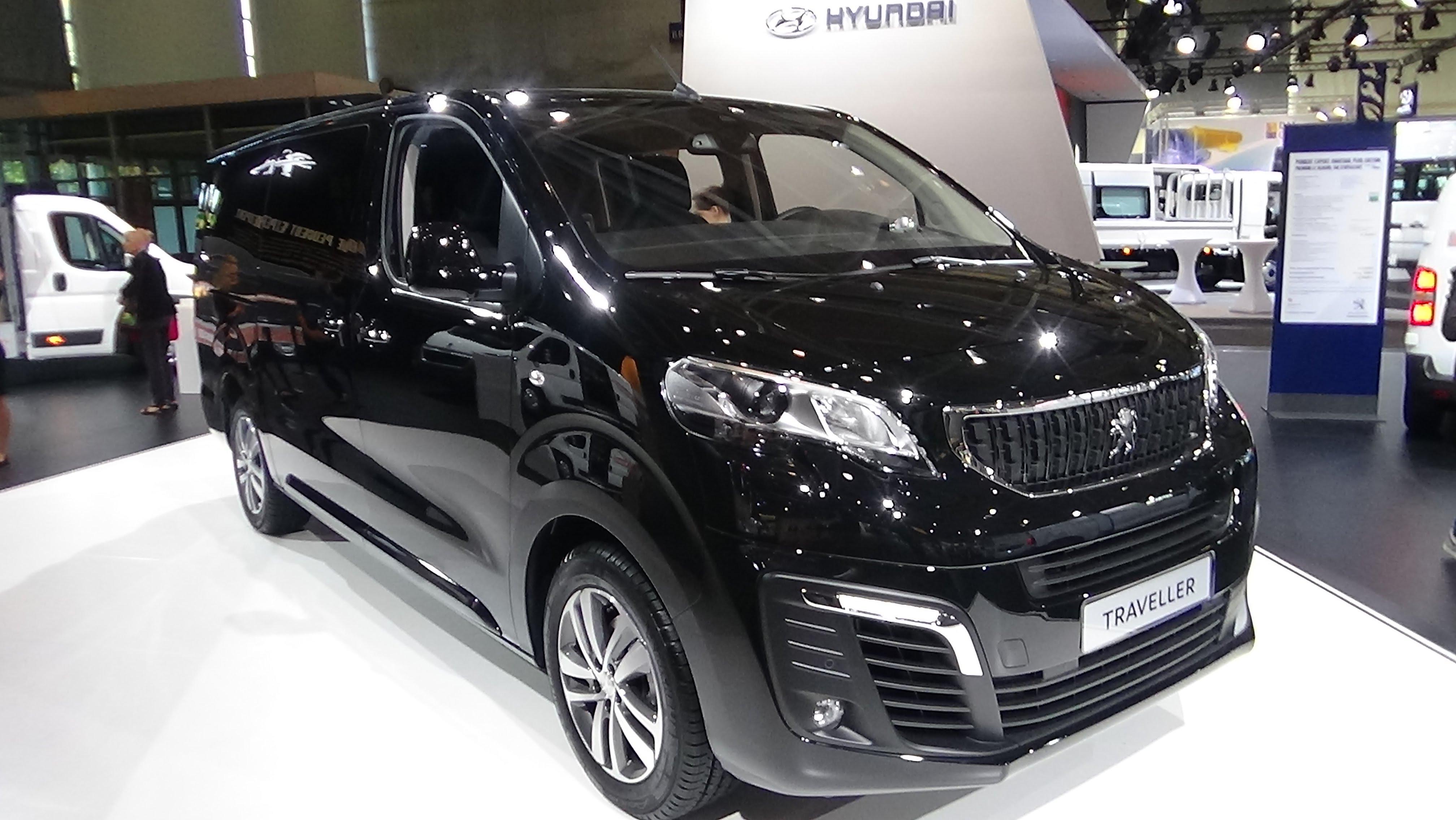 Peugeot Traveller I 2016 - now Minivan #6