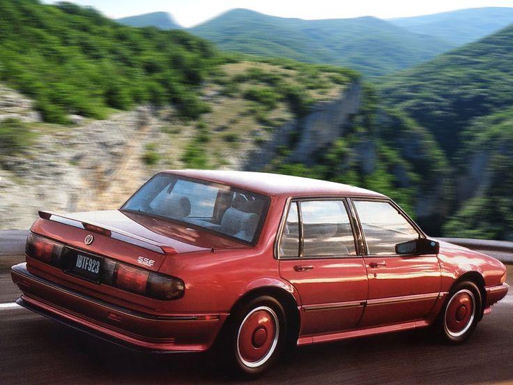 Pontiac Bonneville VIII 1987 - 1991 Sedan #1