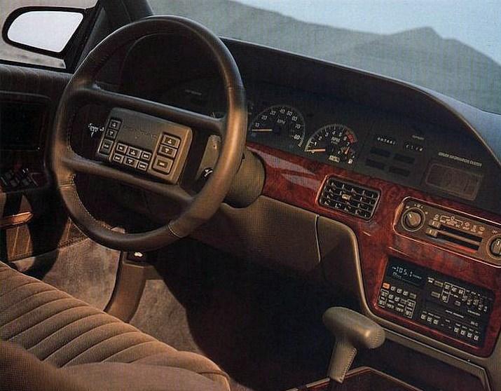 Pontiac Bonneville VIII 1987 - 1991 Sedan #6