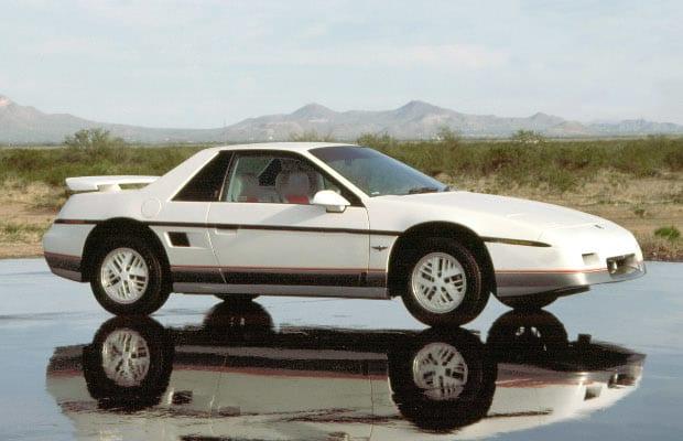 Pontiac Fiero 1984 - 1988 Hatchback 3 door #1