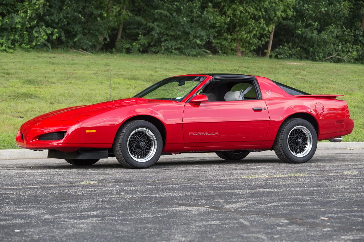 Pontiac Firebird IV 1993 - 2002 Coupe #2