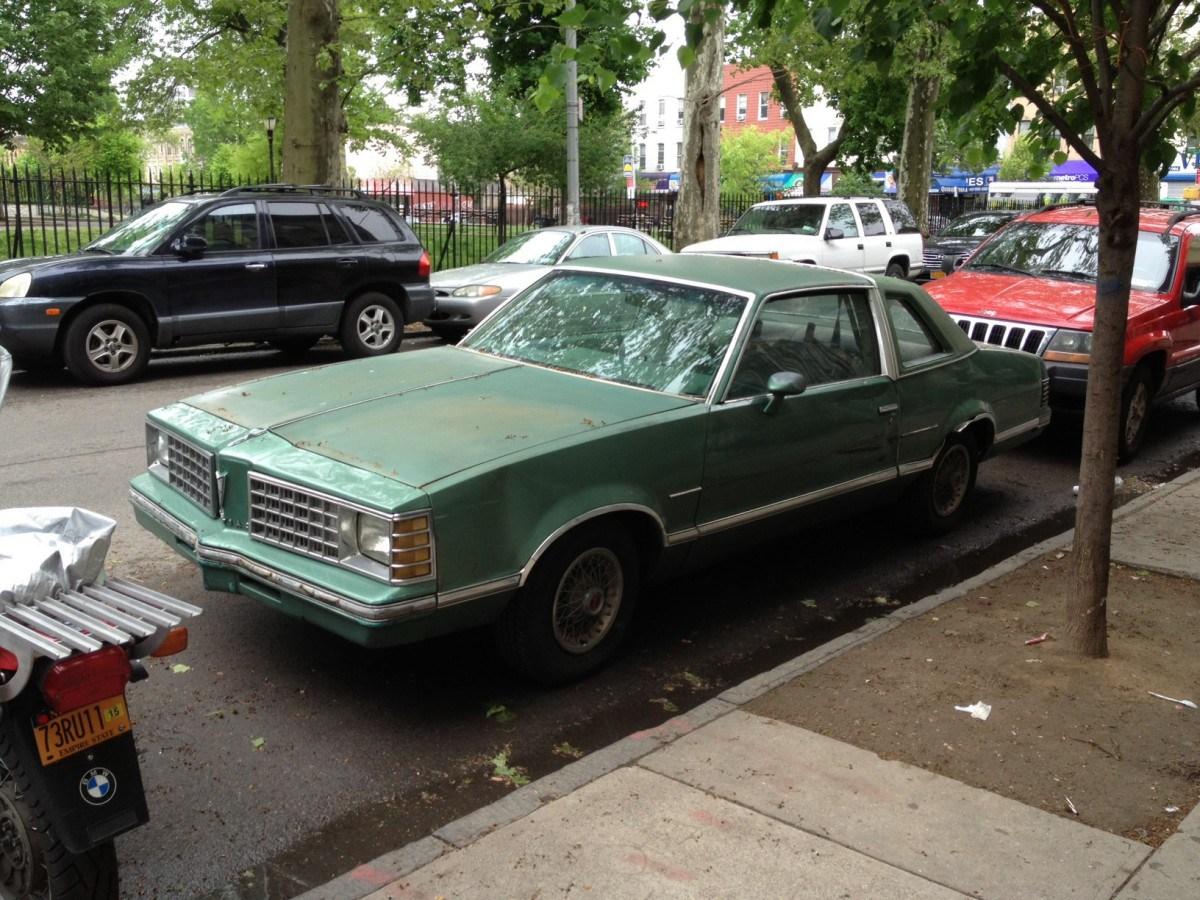 Pontiac LeMans V 1978 - 1981 Sedan #4