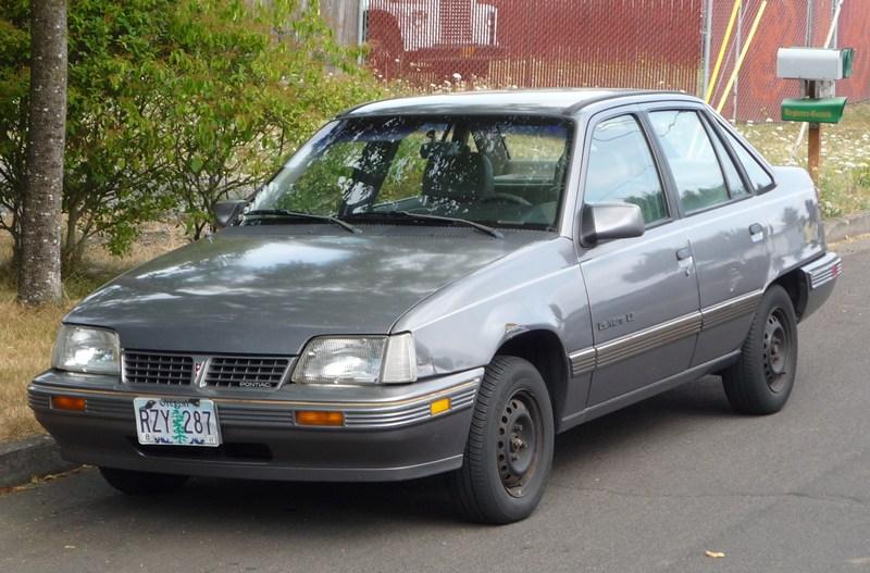 Pontiac LeMans VI 1988 - 1991 Hatchback 3 door #3