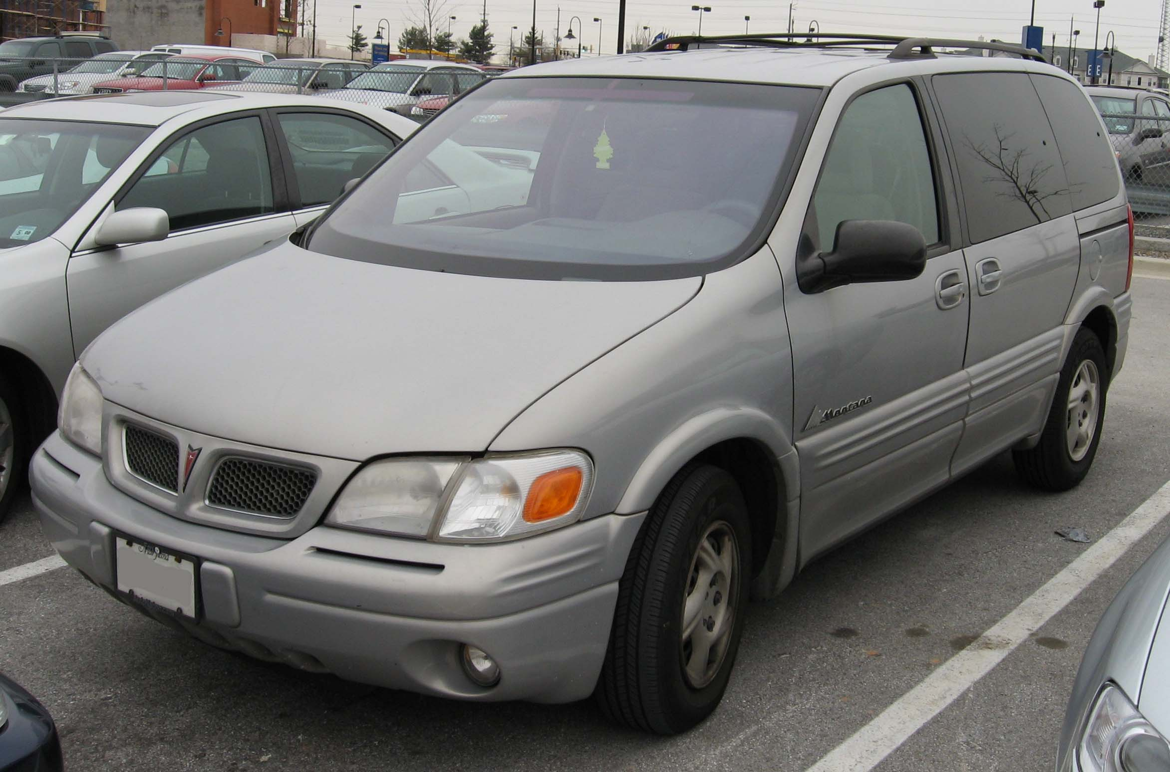 Pontiac Montana I 1997 - 2005 Minivan #3