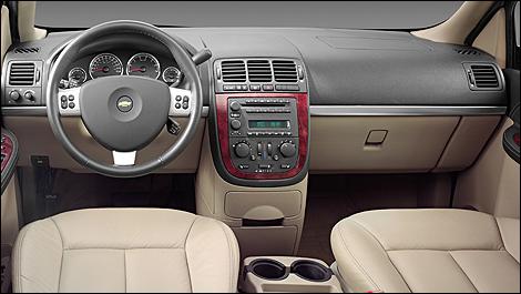 Pontiac Montana II SV6 2005 - 2009 Minivan #7
