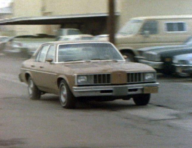 Pontiac Phoenix I 1977 - 1979 Sedan #5