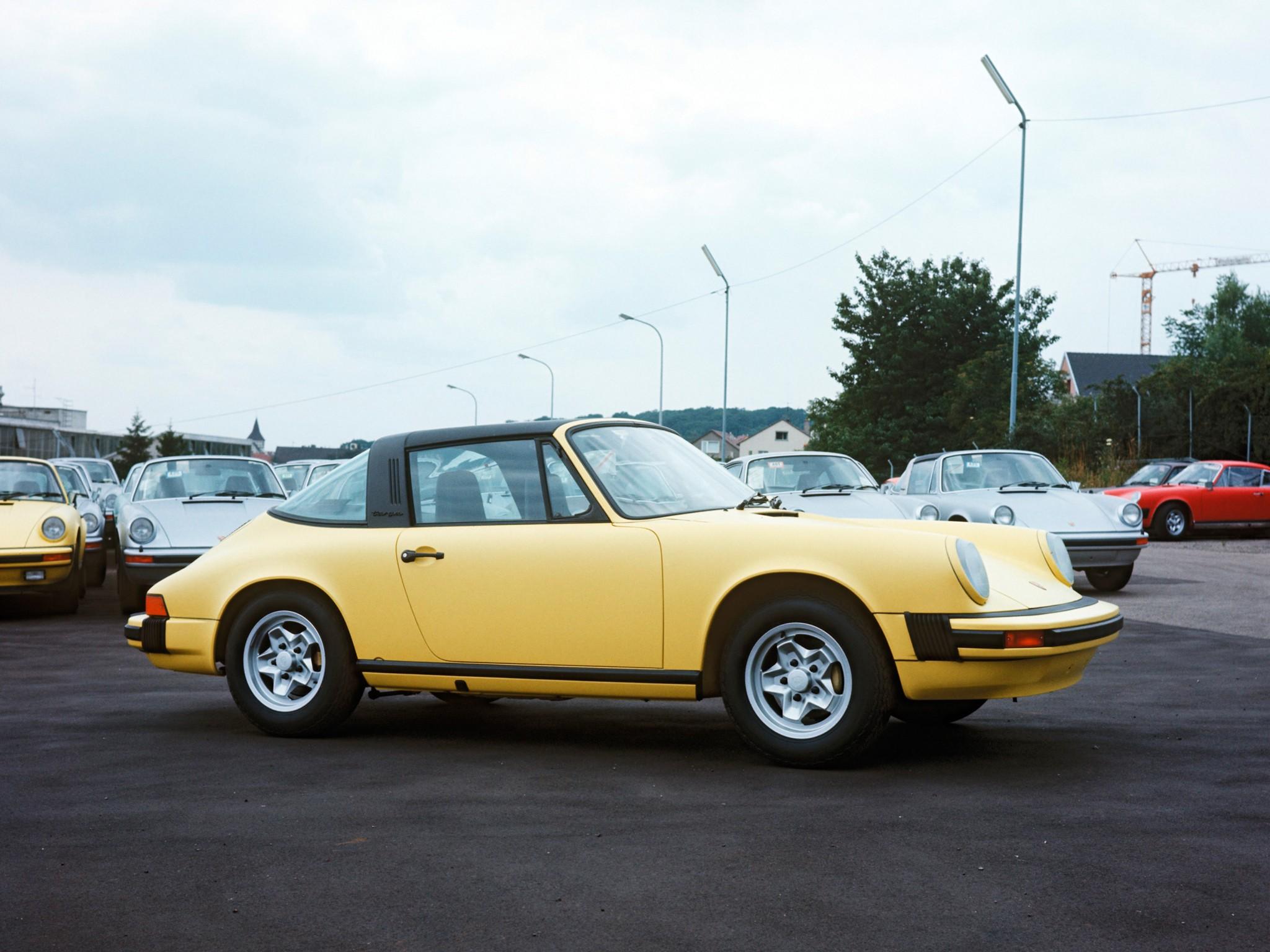 Porsche 911 II (911, 930) 1973 - 1989 Coupe #1