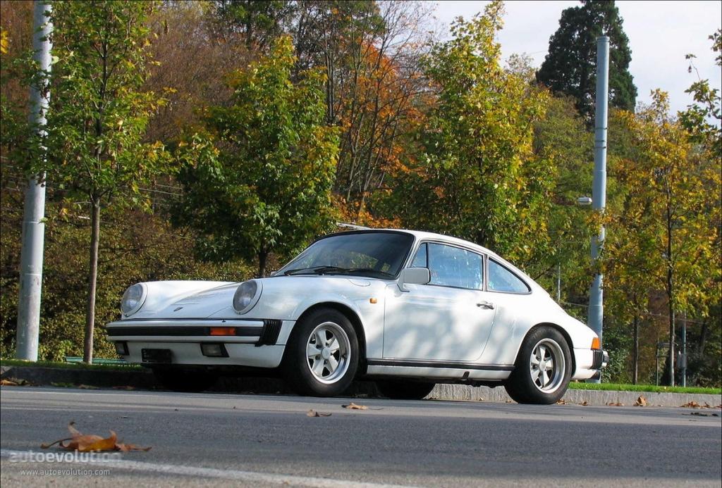 Porsche 911 II (911, 930) 1973 - 1989 Coupe #4