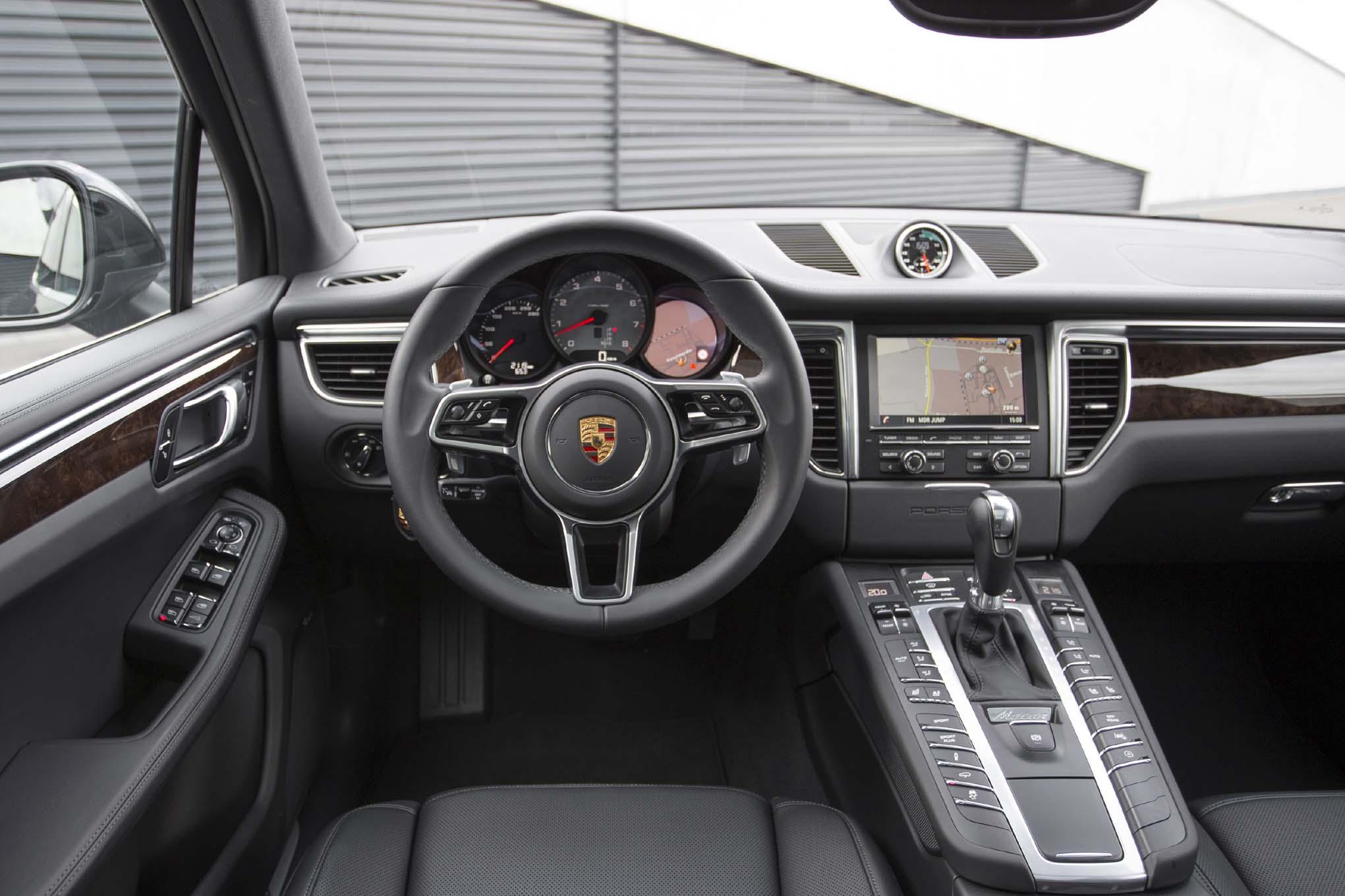 Porsche Macan 2014 - now SUV 5 door #7