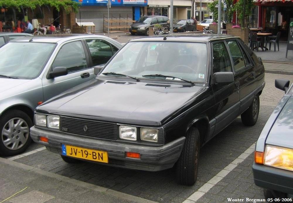 Renault 11 1983 - 1989 Hatchback 3 door #1