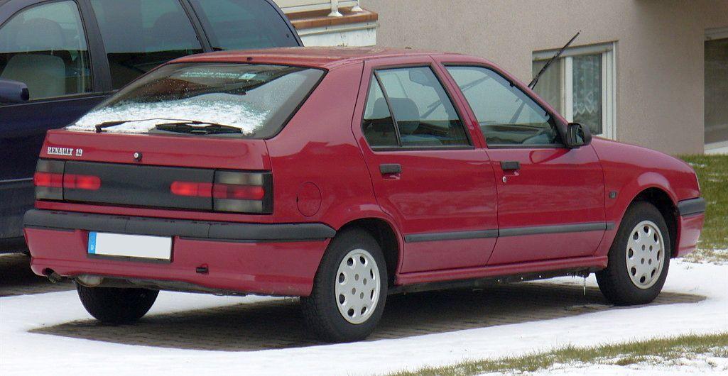 Renault 19 II 1992 - 2002 Hatchback 3 door #2