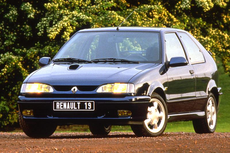 Renault 19 II 1992 - 2002 Hatchback 3 door #1