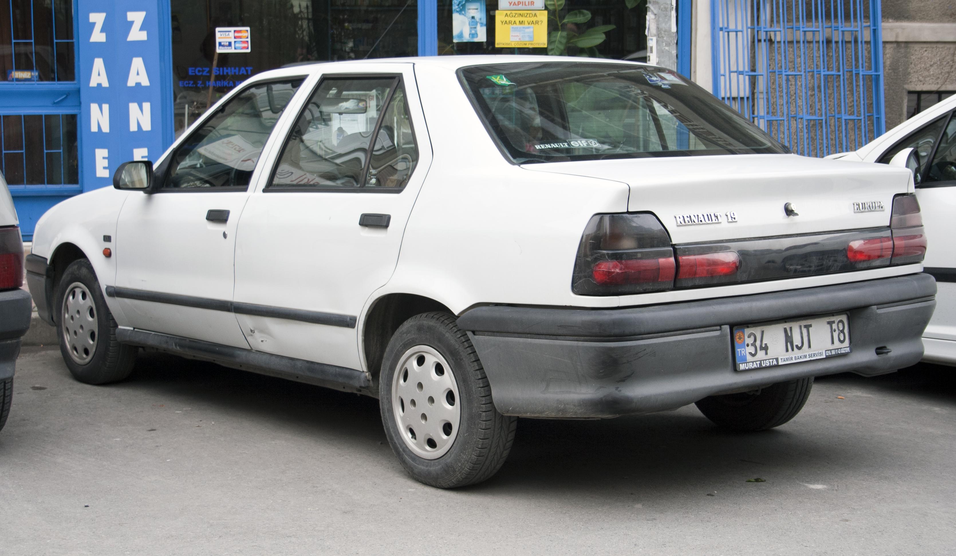Renault 19 II 1992 - 2002 Hatchback 3 door #5
