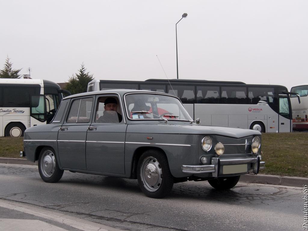 Renault 8 1962 - 1973 Sedan #4