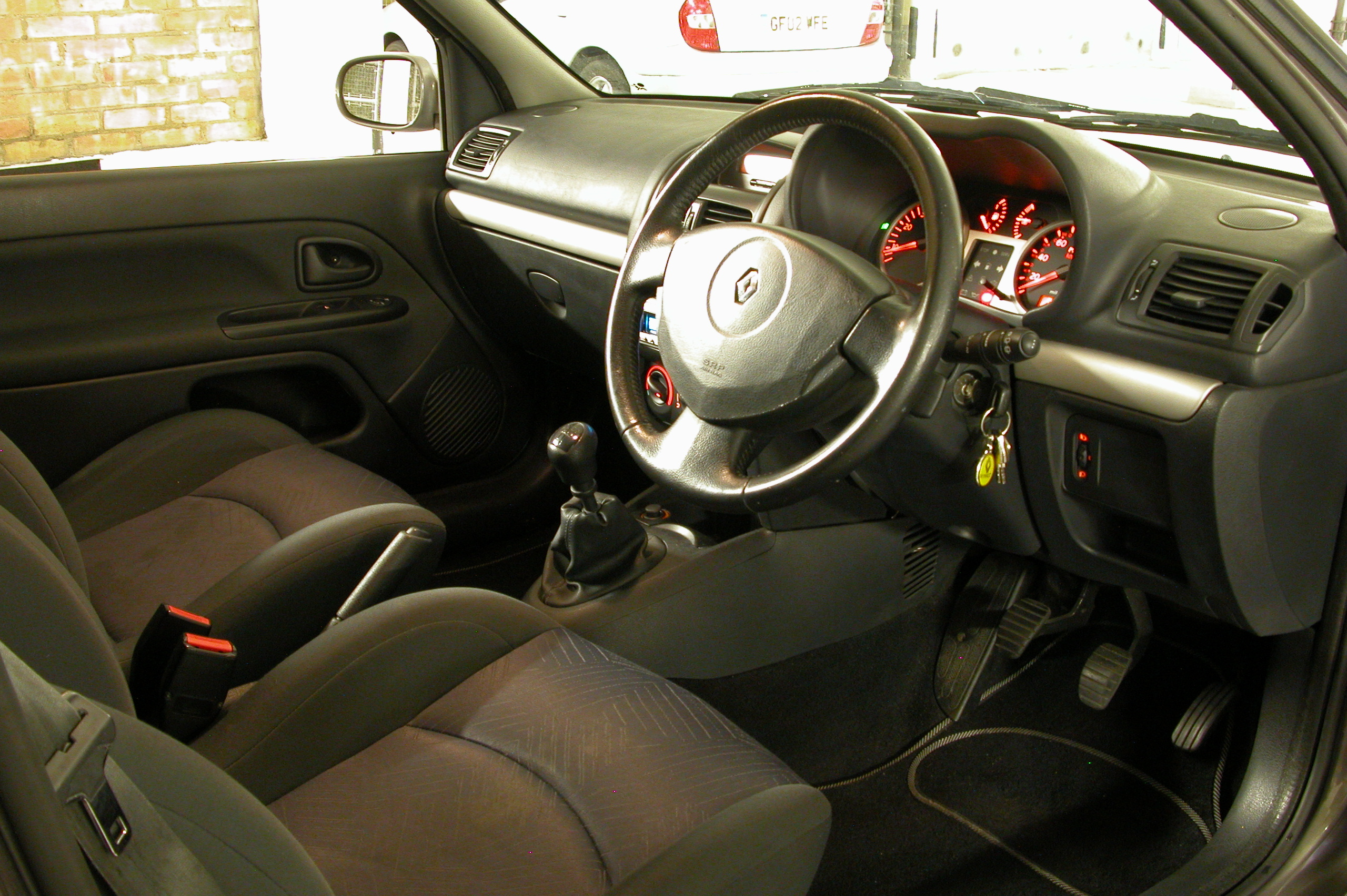 Renault Symbol I Restyling 2002 - 2006 Sedan #5