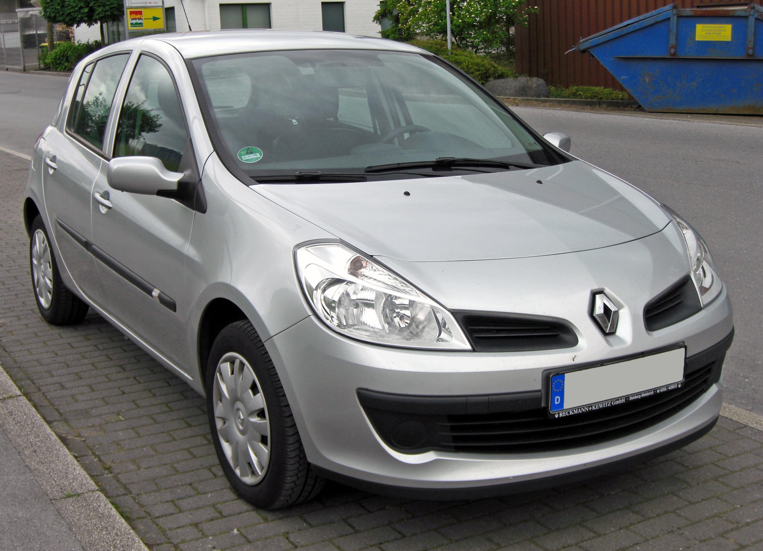 Renault Symbol I Restyling 2002 - 2006 Sedan #3