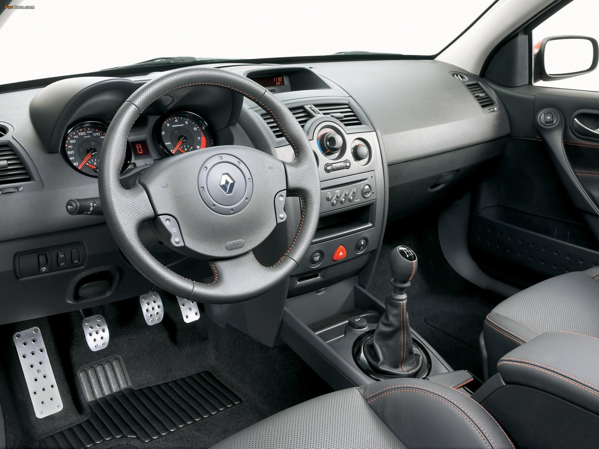 Renault Megane RS II 2004 - 2006 Hatchback 3 door #4