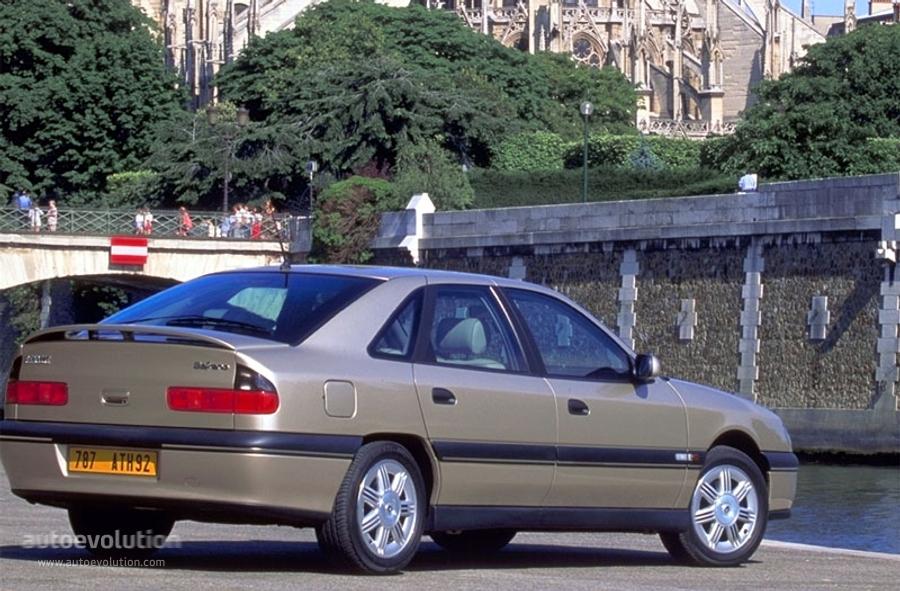 Renault Safrane I 1992 - 1996 Hatchback 5 door #4
