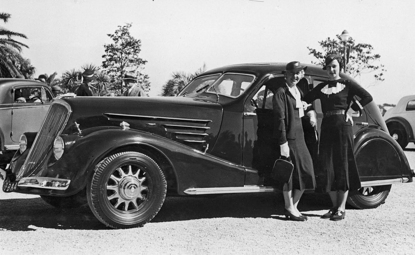 Renault Vivastella 1929 - 1939 Sedan #1
