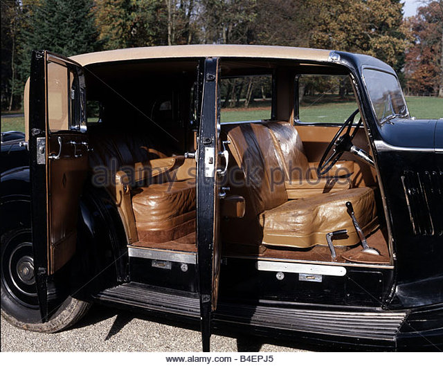 Rolls-Royce Phantom III 1936 - 1939 Sedan #8