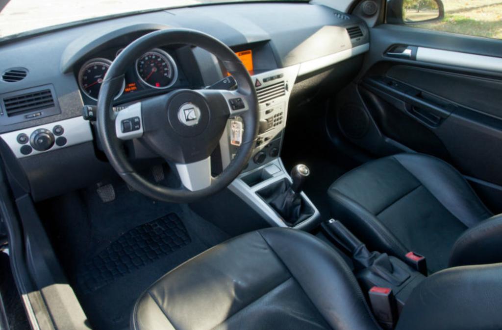 Saturn Astra 2008 - 2009 Hatchback 3 door #2