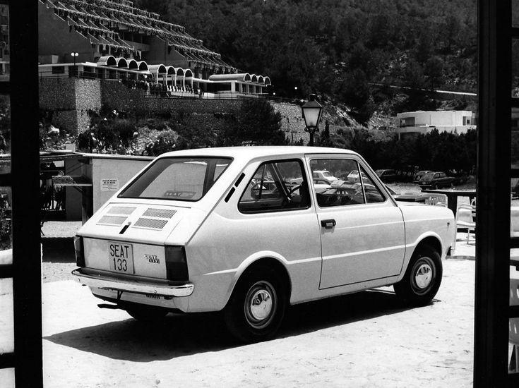 SEAT 133 1974 - 1979 Hatchback 3 door #3