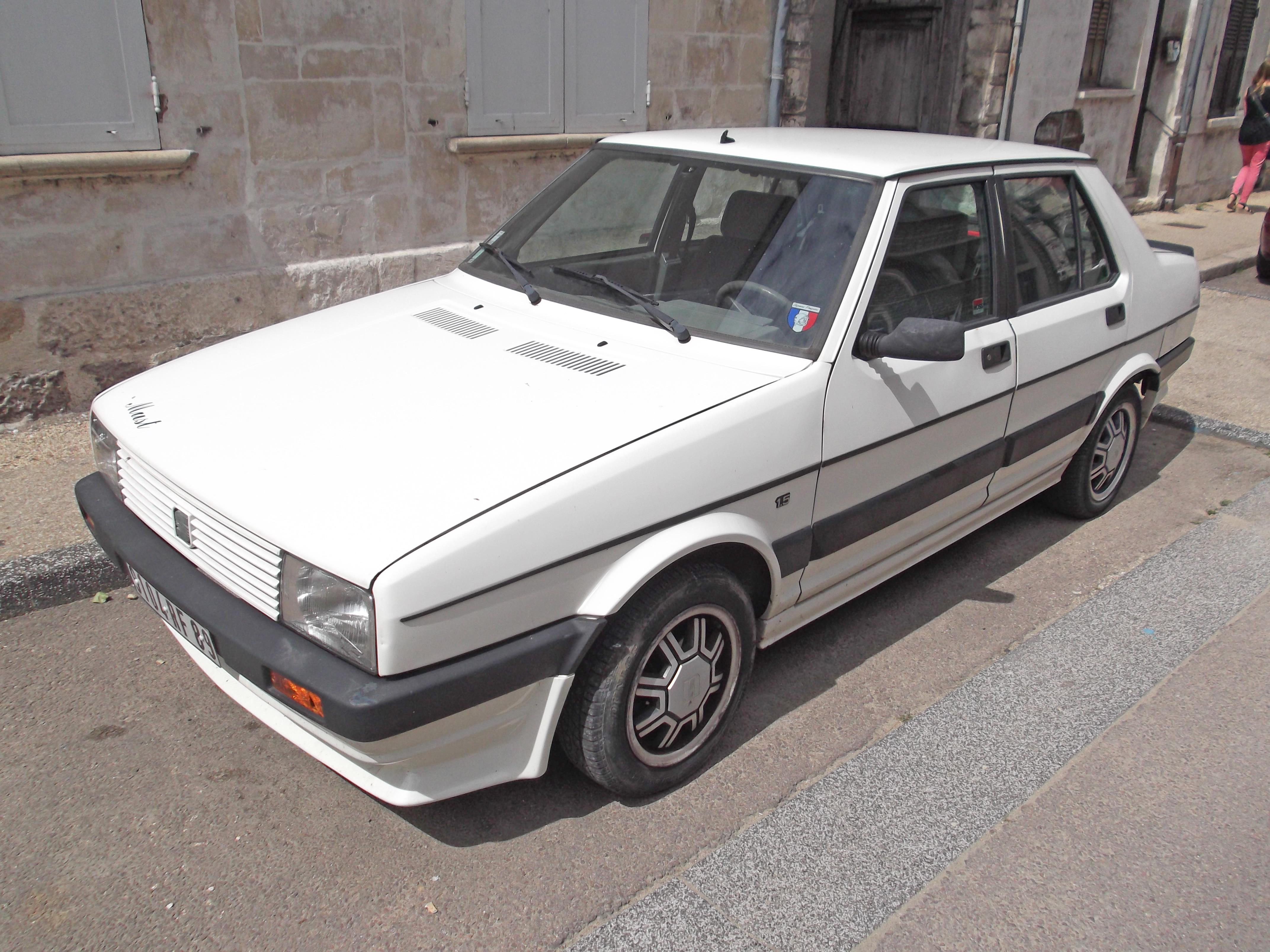 SEAT Malaga 1985 - 1993 Sedan #4