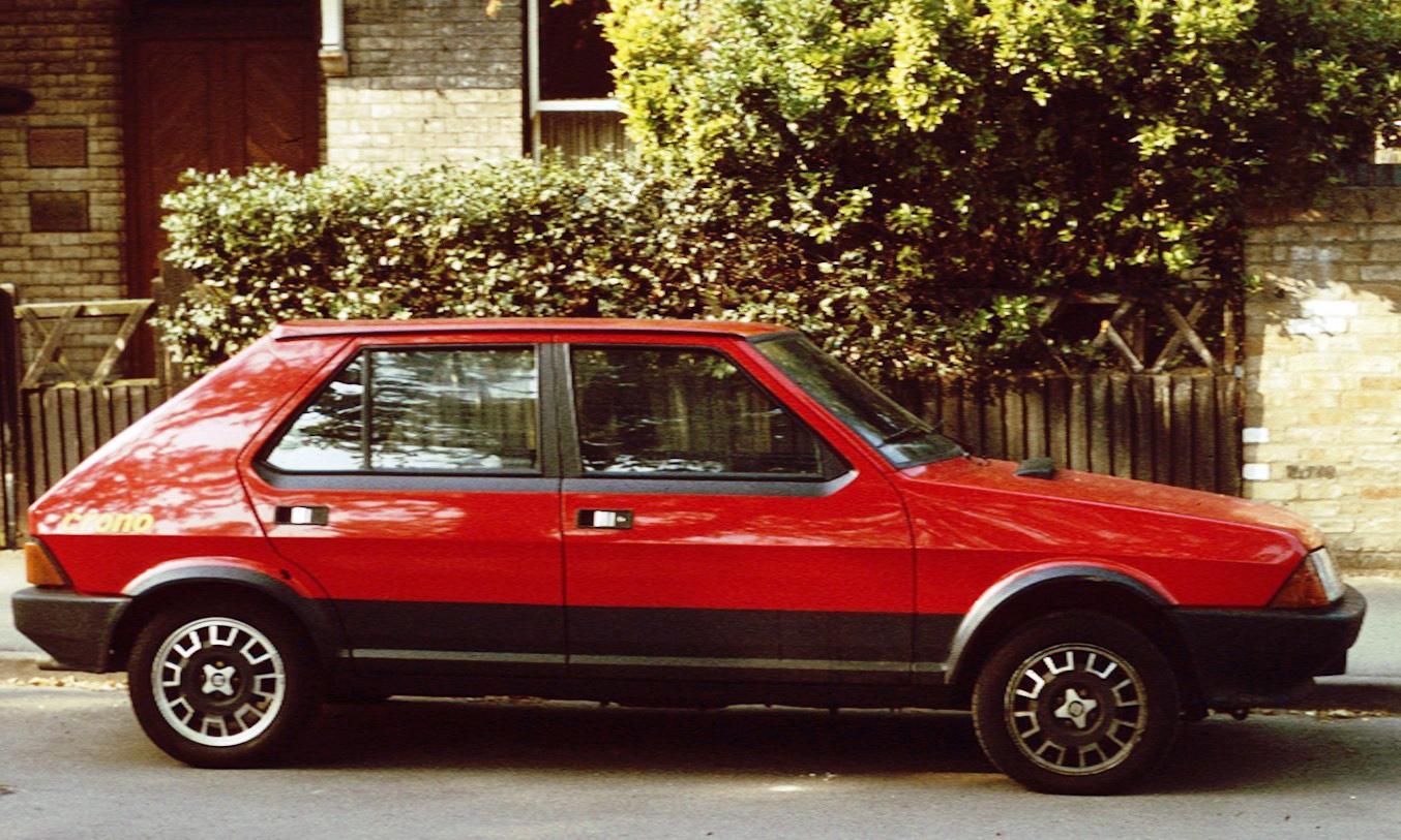 SEAT Ronda 1982 - 1988 Hatchback 5 door #5
