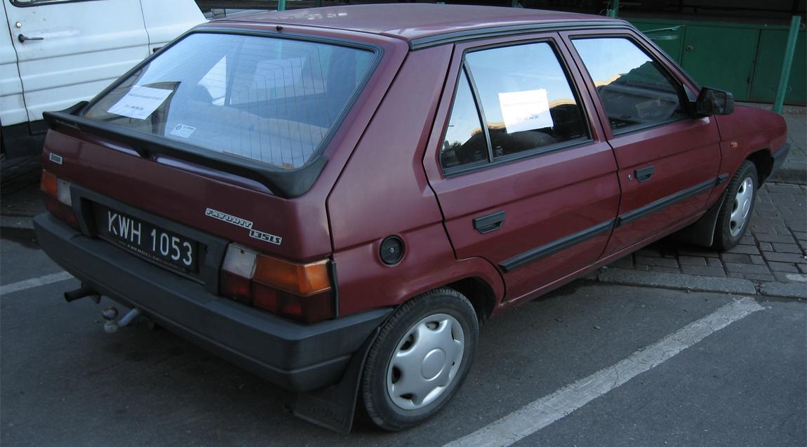 Skoda Favorit 1989 - 2000 Hatchback 5 door #3