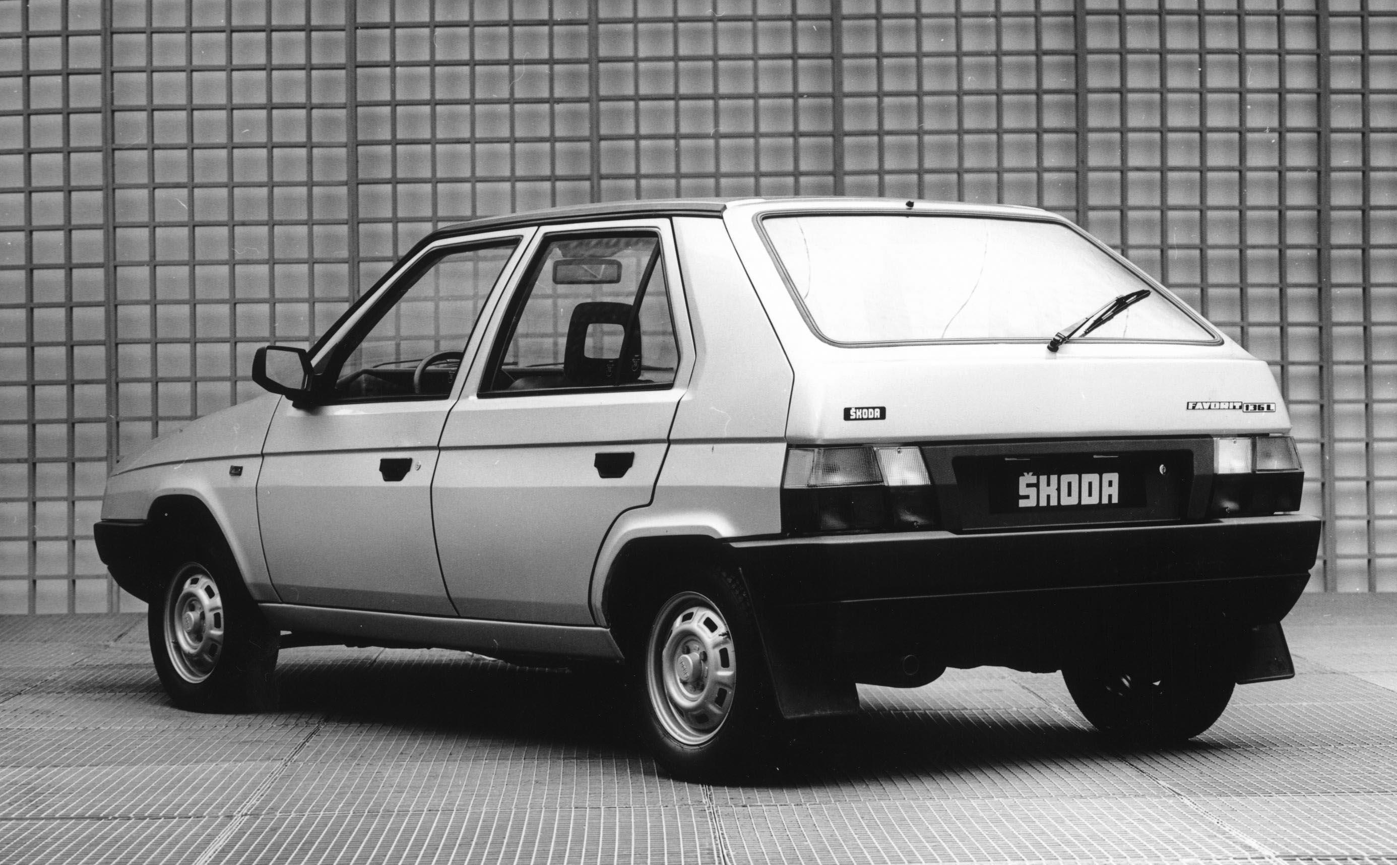 Skoda Favorit 1989 - 2000 Hatchback 5 door #2