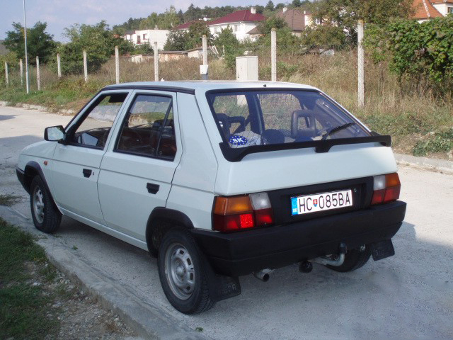 Skoda Favorit 1989 - 2000 Hatchback 5 door #4