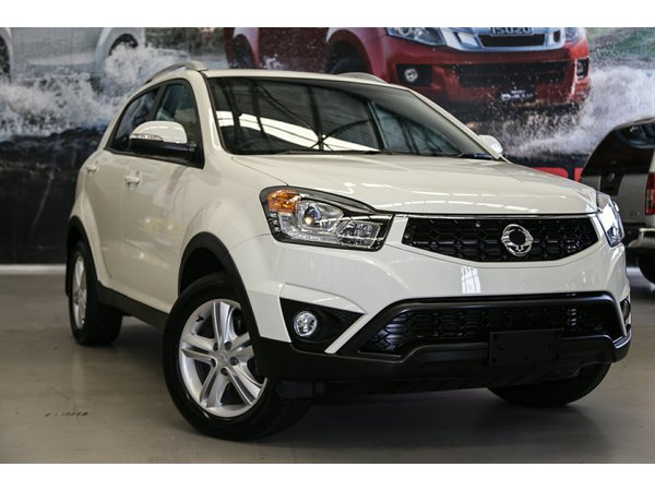 SsangYong Actyon I 2006 - 2010 SUV 5 door #1