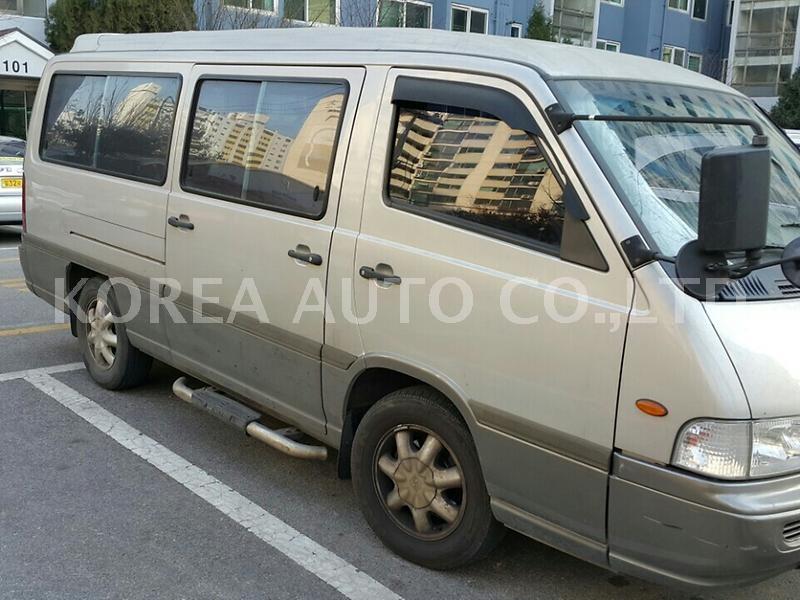 SsangYong Istana I 1995 - 2003 Minivan #5