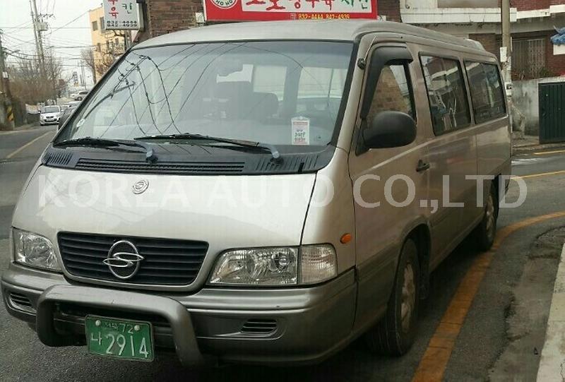 SsangYong Istana I 1995 - 2003 Minivan #6