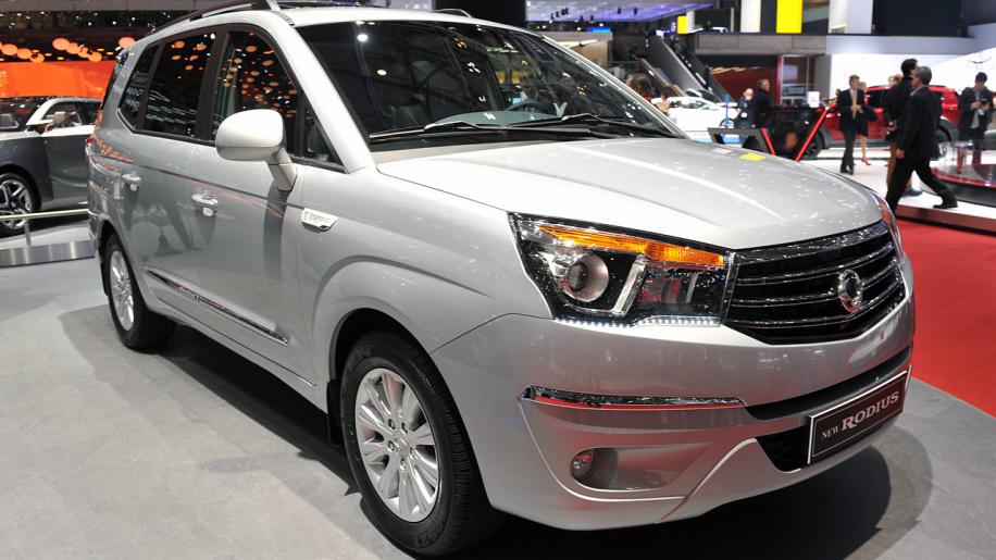 SsangYong Rodius 2013 - now Minivan #1