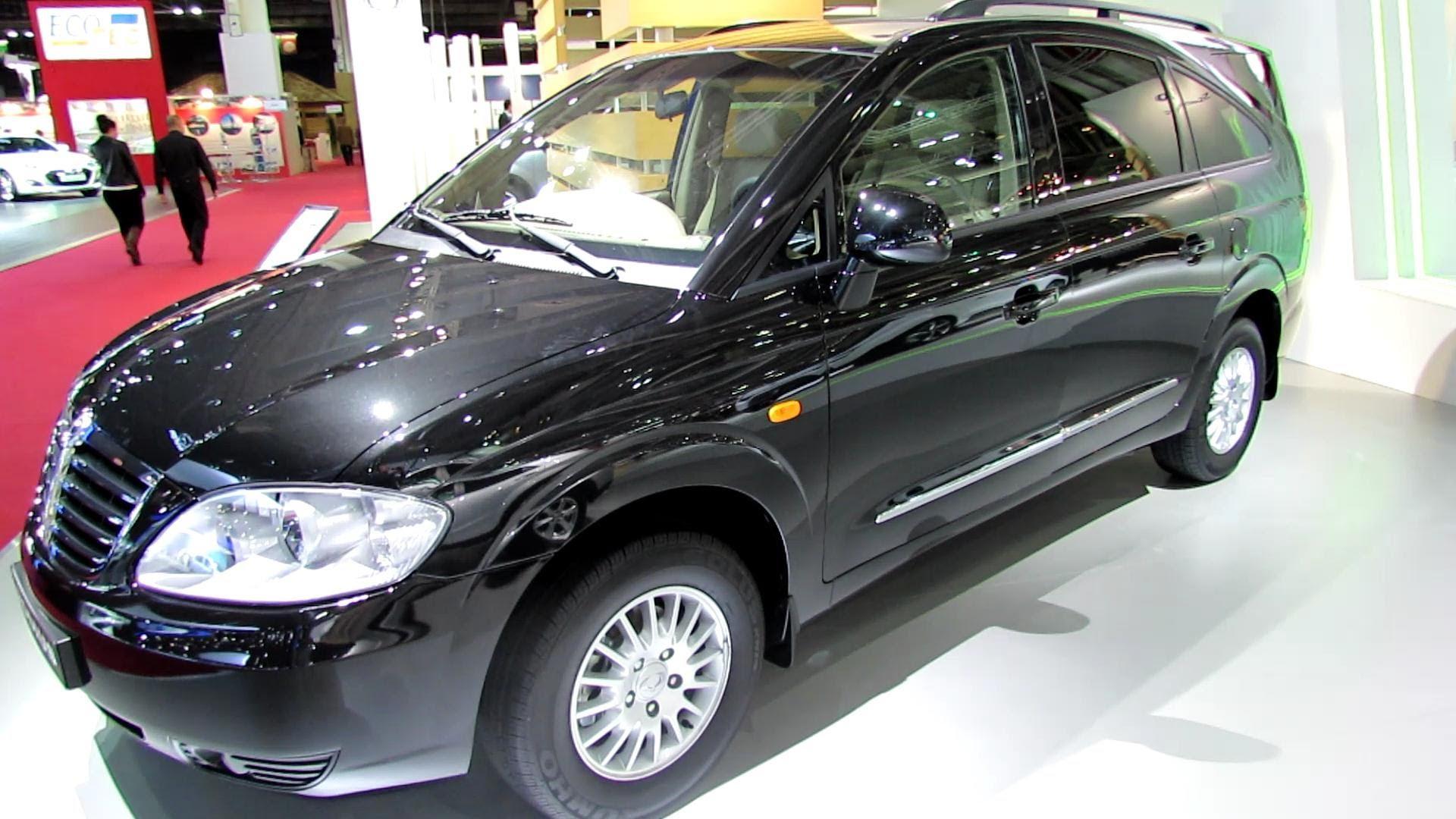 SsangYong Rodius 2013 - now Minivan #7