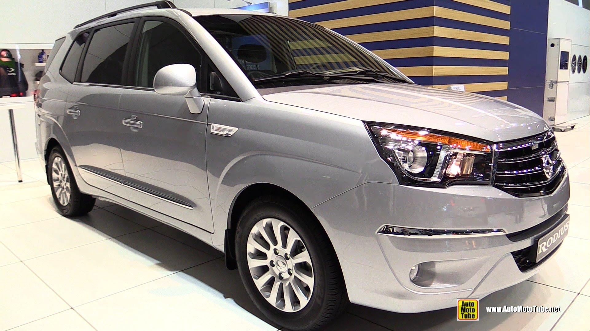 SsangYong Stavic 2013 - now Minivan #2