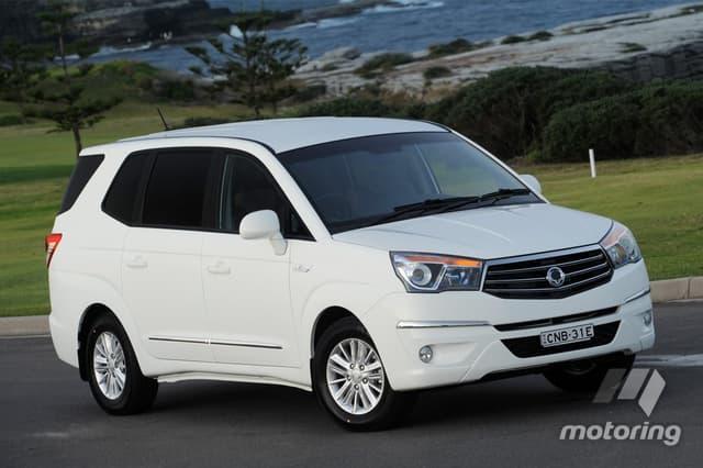 SsangYong Stavic 2013 - now Minivan #7