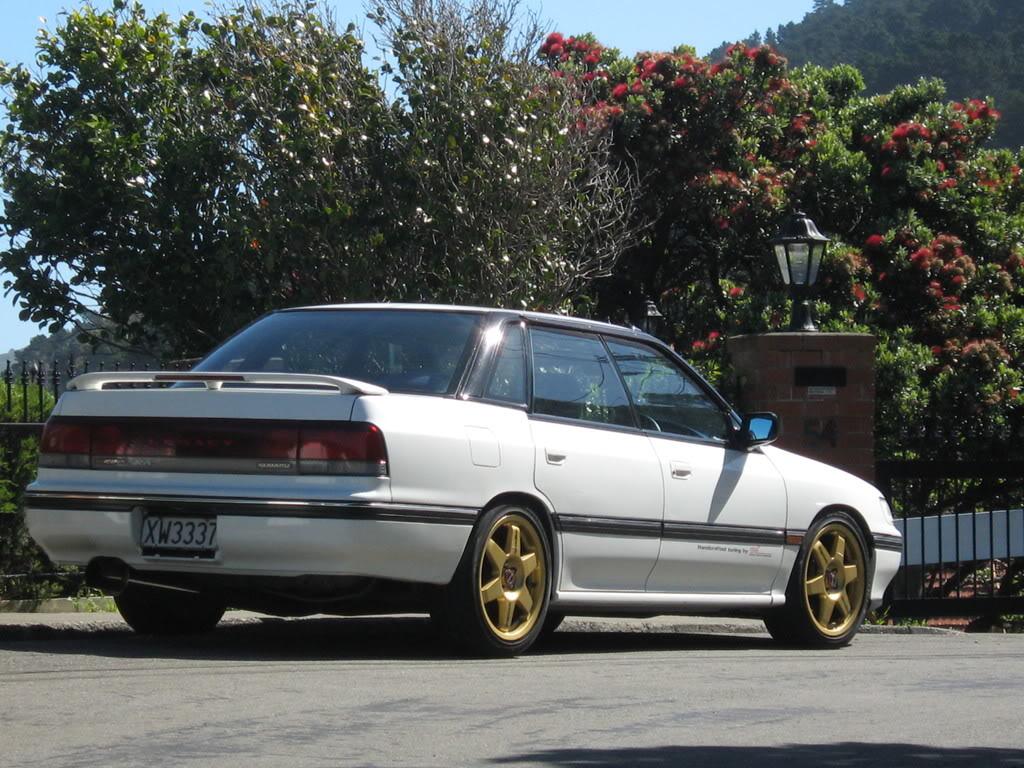 Subaru Legacy I 1989 - 1994 Sedan #6