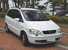 Subaru Traviq 2001 - 2004 Compact MPV #2