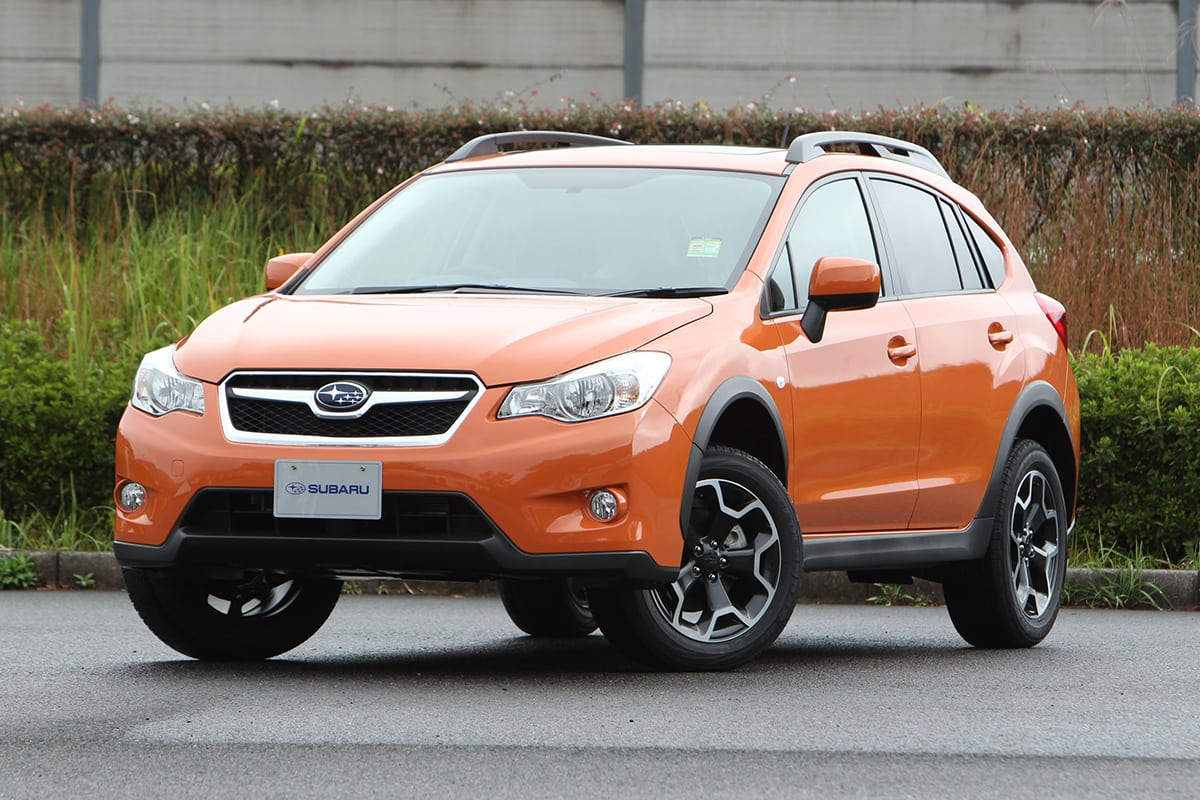 Subaru XV I 2011 - 2016 SUV 5 door #2
