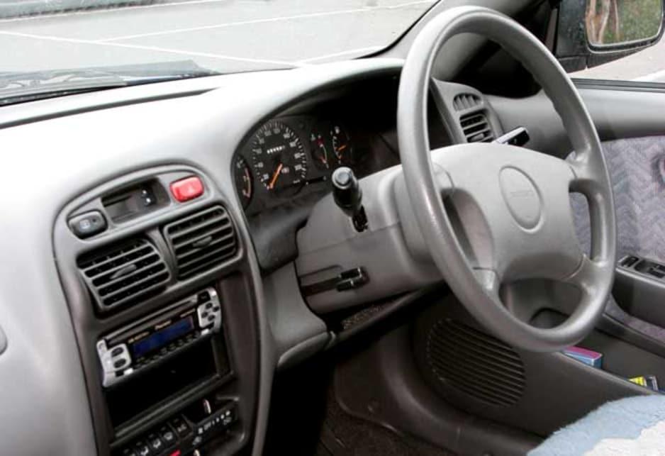 Suzuki Baleno I 1995 - 2002 Hatchback 3 door #7