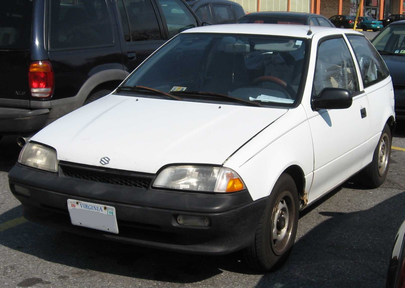 Suzuki Swift II Restyling 1995 - 2003 Sedan #1