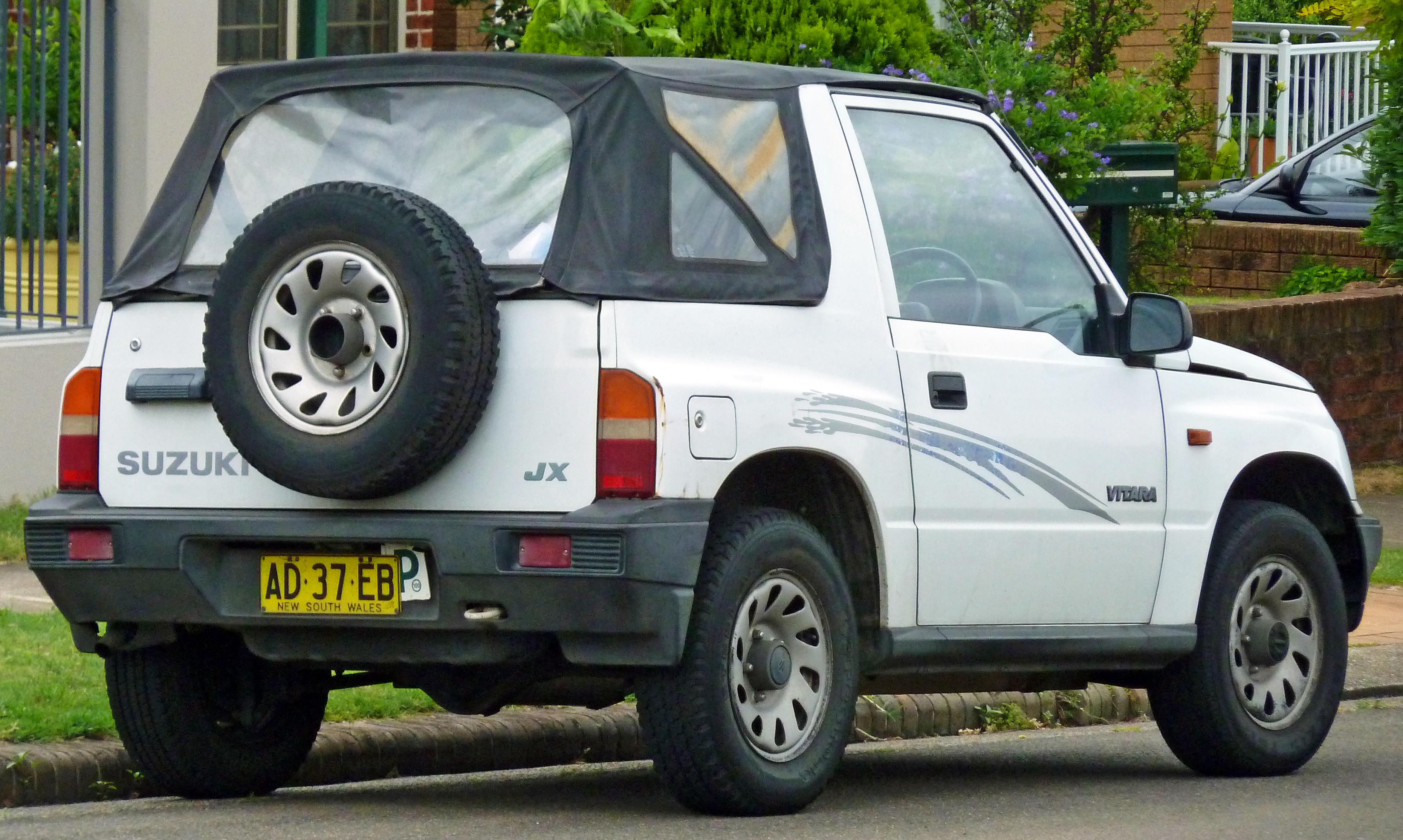 Suzuki Vitara I 1988 - 2006 SUV 3 door #2