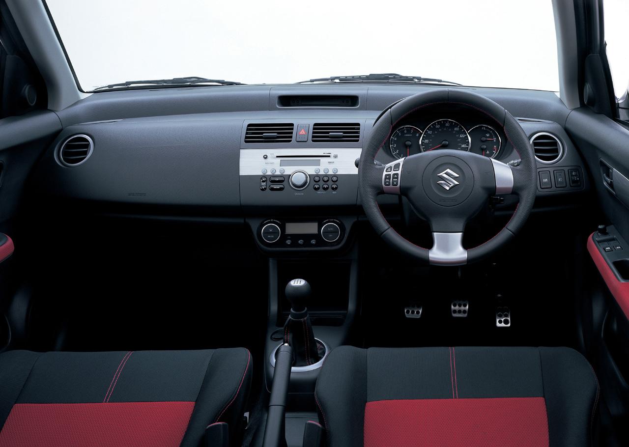 Suzuki Swift III 2004 - 2010 Hatchback 3 door #8