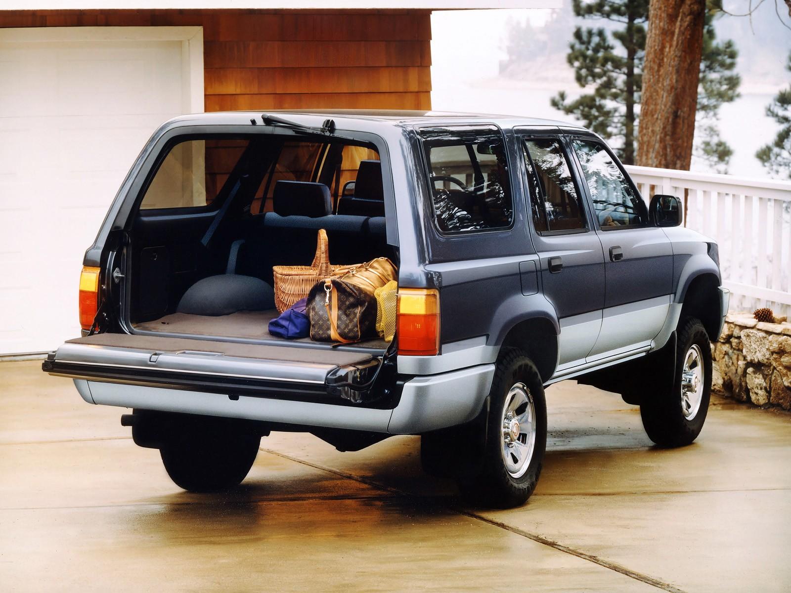 Toyota 4Runner II 1989 - 1995 SUV 3 door #8