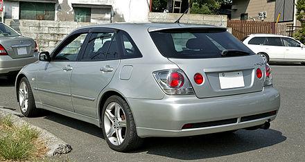 Toyota Altezza 1998 - 2005 Station wagon 5 door #8