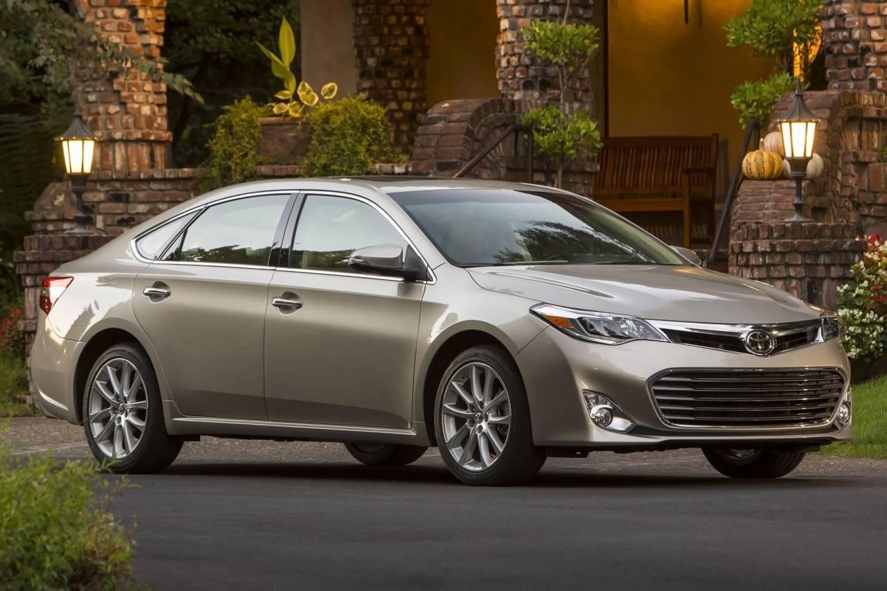 Toyota Avalon IV Restyling 2015 - now Sedan #8