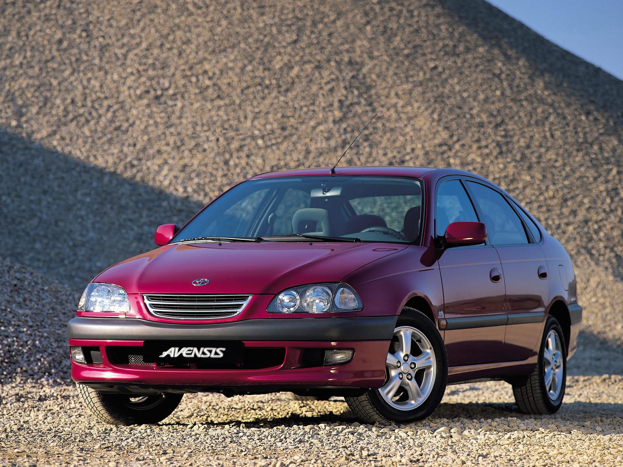 Toyota Avensis I 1997 - 2000 Hatchback 5 door #5