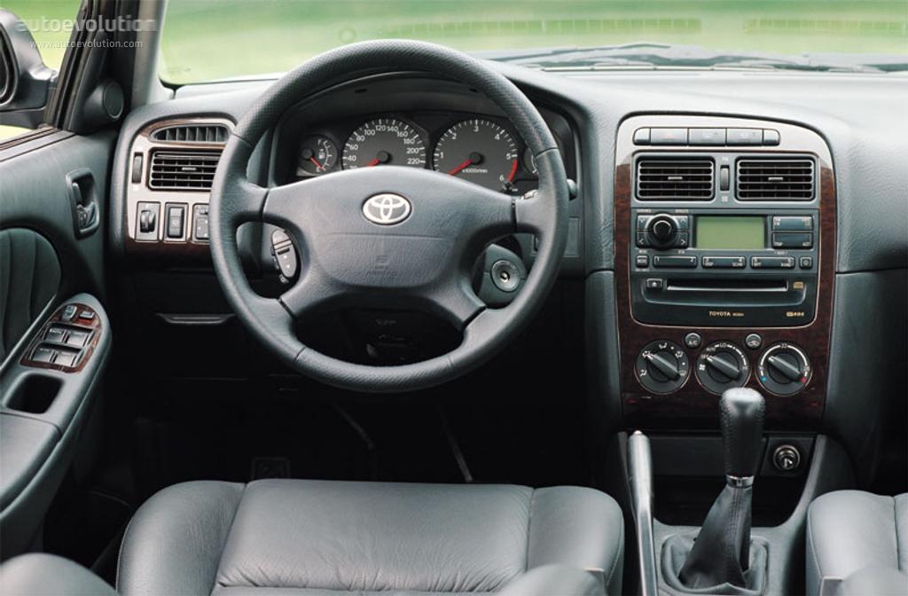 Toyota Avensis I 1997 - 2000 Hatchback 5 door #6